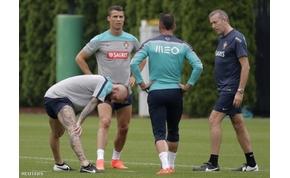 Aggódik Portugália és a Real Madird: Cristiano Ronaldo óriásit kockáztat a VB-n