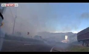 Ez történik amikor felrobban egy tüzijáték gyár