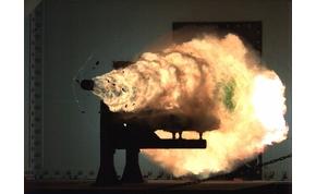 Valósággá vált a videójátékosok Railgunja: itt az amerikaiak elektromágneses ágyúja