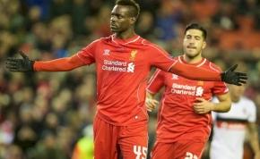 Már megint Balotelli: most épp Henderson tizenegyesét vette el