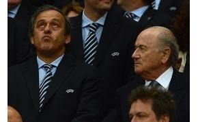 Blatter és Platini 90 napig sakkozhat