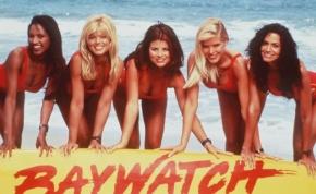 Íme a Baywatch film szexi életmentői