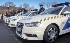 Mit szabad és mit nem, ha rendőrautóval közlekedünk?