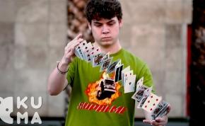 Így lesz a kártyazsonglőrködésből varázslat