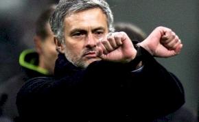 Kirúgta Jose Mourinhot a Chelsea