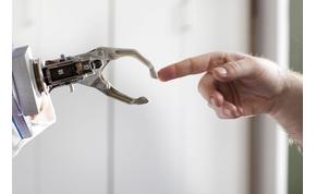 Cyborg művészet: Tud festeni egy gép?