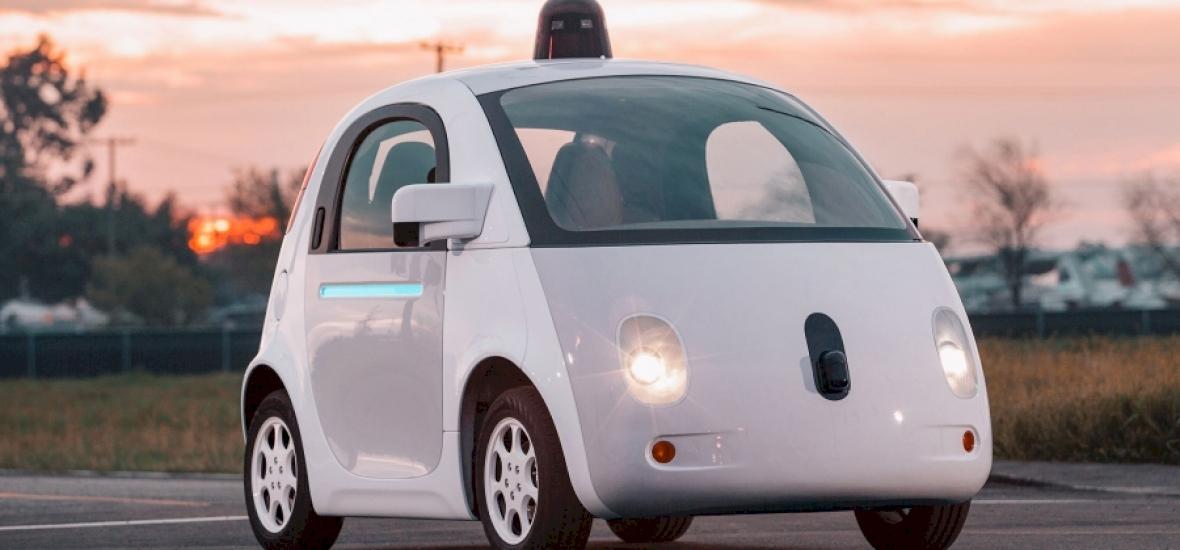 Karambolozott a Google önvezető kocsija