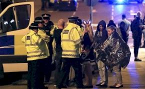 Egy manchesteri koncerten robbantottak