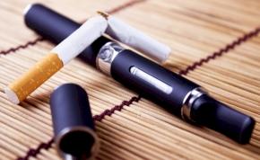 Új szabályozást hoznak az e-cigisekre
