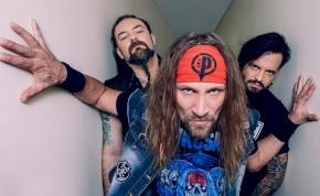 A három rohadék rockcsempész: interjú a Tankcsapdával!