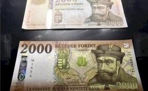 Nem hamis, csak tök új: meglestük az átalakított bankjegyeket