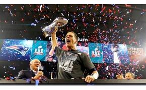 Történelmi Super Bowl, Patriots győzelemmel