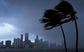 Csökkent Irma erőssége, de még mindig pusztít