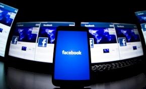 Csaknem 400 millió forintra büntették a spanyolok a Facebookot