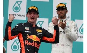 Hamilton egy lépéssel közelebb a világbajnoki címhez
