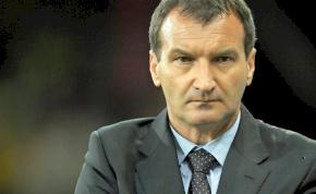 Először az új sportigazgatót kell megtalálni László Csaba szerint