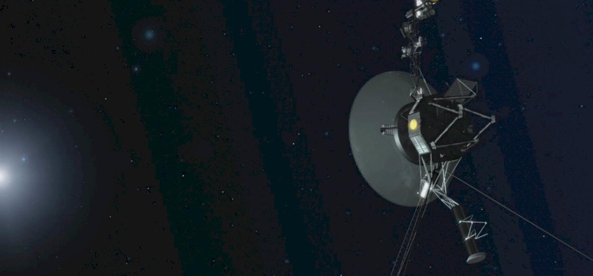 37 év után sikerült beindítani a Voyager 1 hajtóműveit