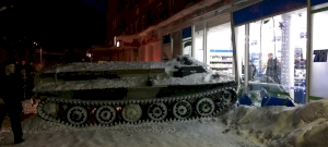 Tankkal mentek bort lopni Oroszországban