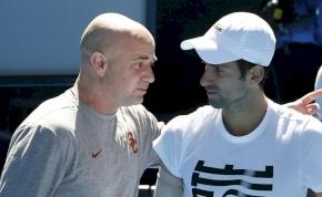 Djokovic és Agassi egyáltalán nem jött ki egymással