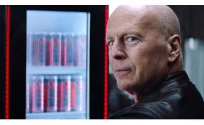 Bruce Willis a magyar energiaitalra szavaz