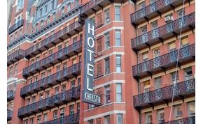 Miért ér 25 milliót Bob Dylan hotelszobájának ajtaja?