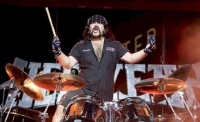 Meghalt Vinnie Paul, a Pantera alapító dobosa
