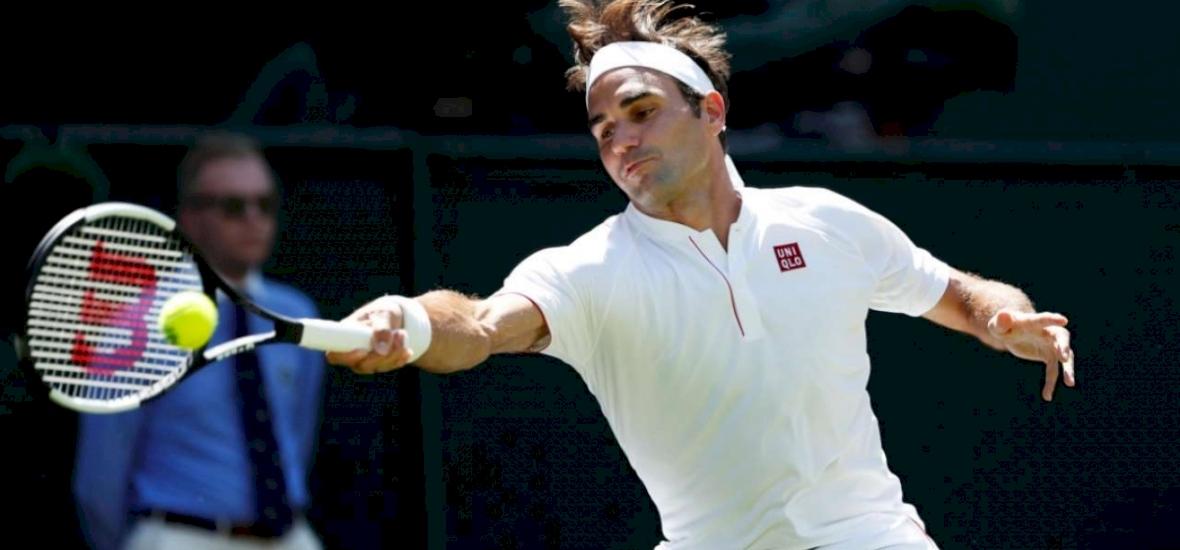 Lehullt a lepel, mindenki Roger Federer ruháját leste
