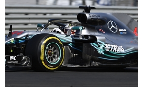 A Ferrari mindent megpróbált, de esélyük sem volt Hamilton ellen