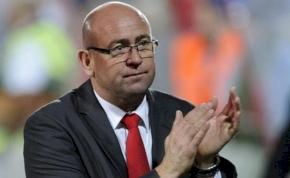 Két forduló után kirúgta edzőjét a Kisvárda