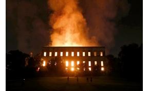 Lángokban áll Brazília legrégebbi múzeuma
