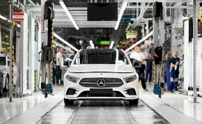 Történelmi mérföldkőhöz érkezett a kecskeméti Mercedes gyár