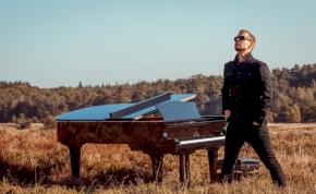 Új dalt kaptunk Armin van Buurentől