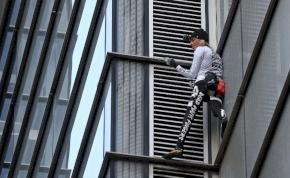 Új tornyot hódított meg a francia Pókember