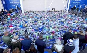 Így gyászolják a szurkolók a Leicester tragikusan elhunyt tulajdonosát
