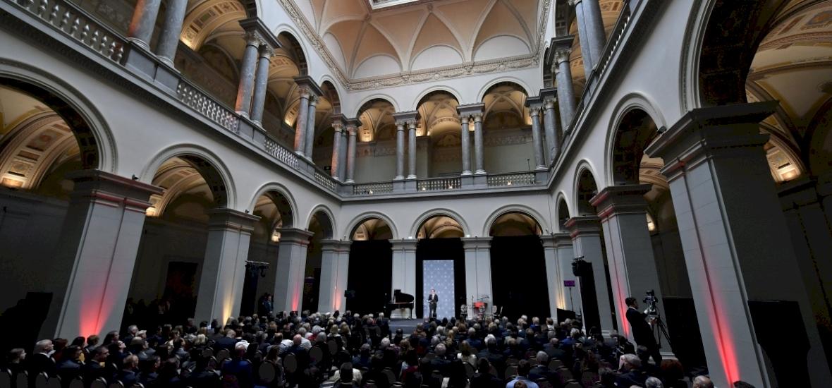 Eredeti Leonardo-képekkel nyitott meg a Szépművészeti Múzeum