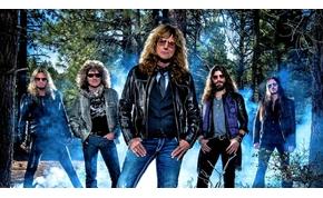 Újra Magyarországra jön csapatával a Deep Purple énekese