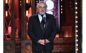 Robert De Niro tizenkilenc év után valóban elválik a feleségétől