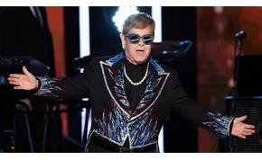 Előkarácsonyi ajándék Elton Johntól