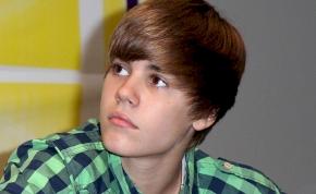 Letaszították Justin Biebert a dislike trónról