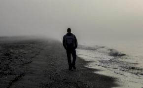 Melyik életkorban vagyunk magányosak?