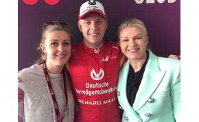 Ritka alkalom: közös képet posztolt a Schumacher-család
