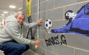 Elhunyt Anglia Grosics Gyulája, aki minden idők védését mutatta be Pelé fejesénél
