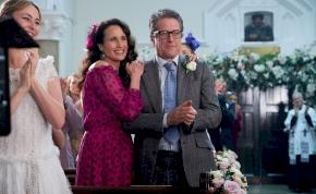 Kijött az első kedvcsináló a Négy esküvő és egy temetés folytatásához