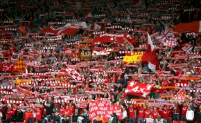 Felcsendül itthon az évszázad musicalje, benne a Liverpool dalával