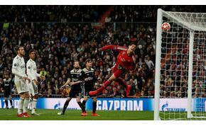 Az 5+1 legszebb gól onnan, ahonnan az Ajax játékosa oktatta a Realt