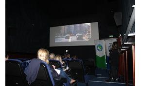 Rendőrségi kisfilmek a moziban