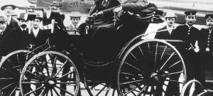 A csodagyerek, akik összerakta a világ első személygépkocsiját