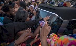 Bandaháború: még az agyonlőtt rapper temetésén is agyonlőttek valakit