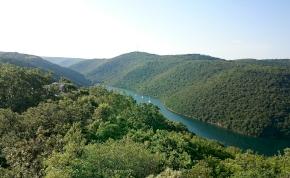 Először találtak őskori barlangrajzokat a Balkánon