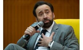 Ilyen, amikor a részeg Nicolas Cage énekelni próbál